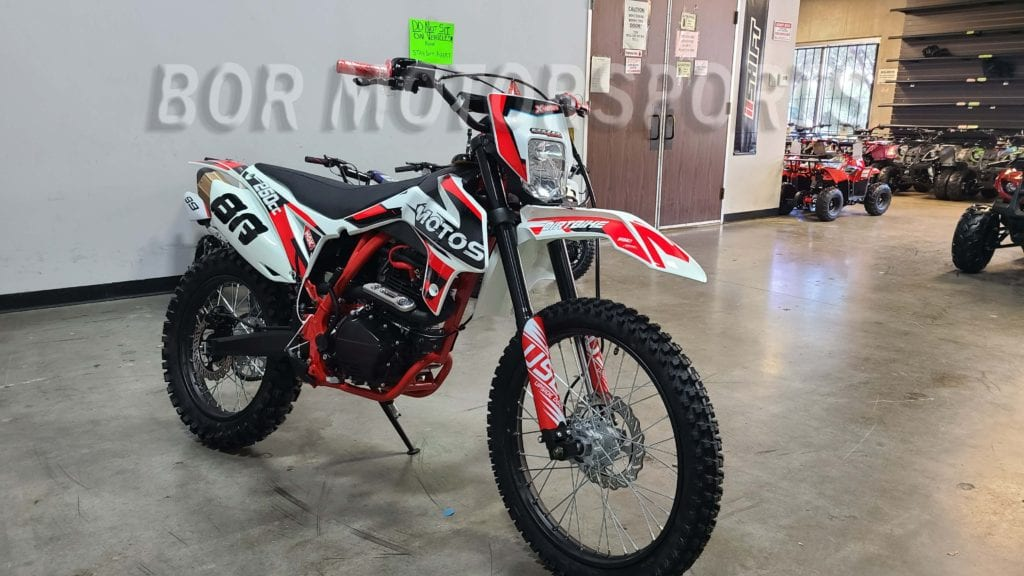 250CC DIRT BIKE DIRTBIKE x moto apollo 3